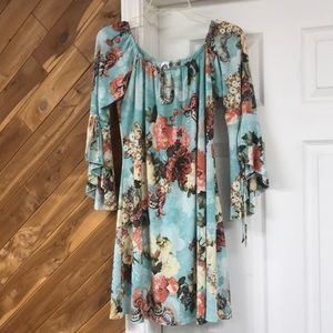 Dresses & Skirts - Honeyme dress